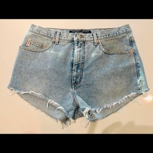 VINTAGE 80's Guess faded high waisted jean shorts